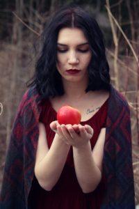 apple-2712135_1920